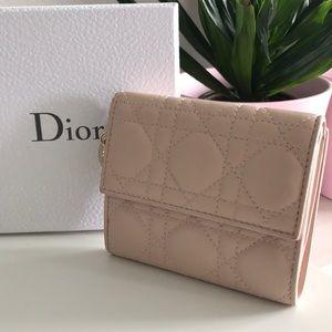 Lady Dior wallet in pink lambskin
